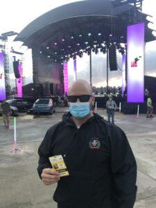 Ed Lavin on VMA set